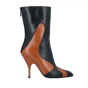 $575 BOTTEGA VENETA Ankle Boots